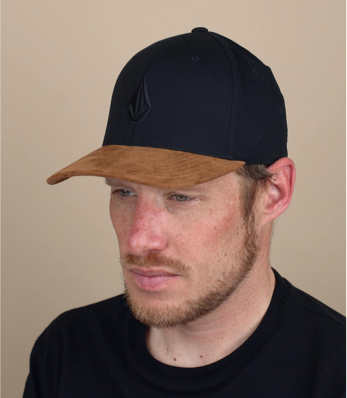 Volcom cap met zwart suède vizier