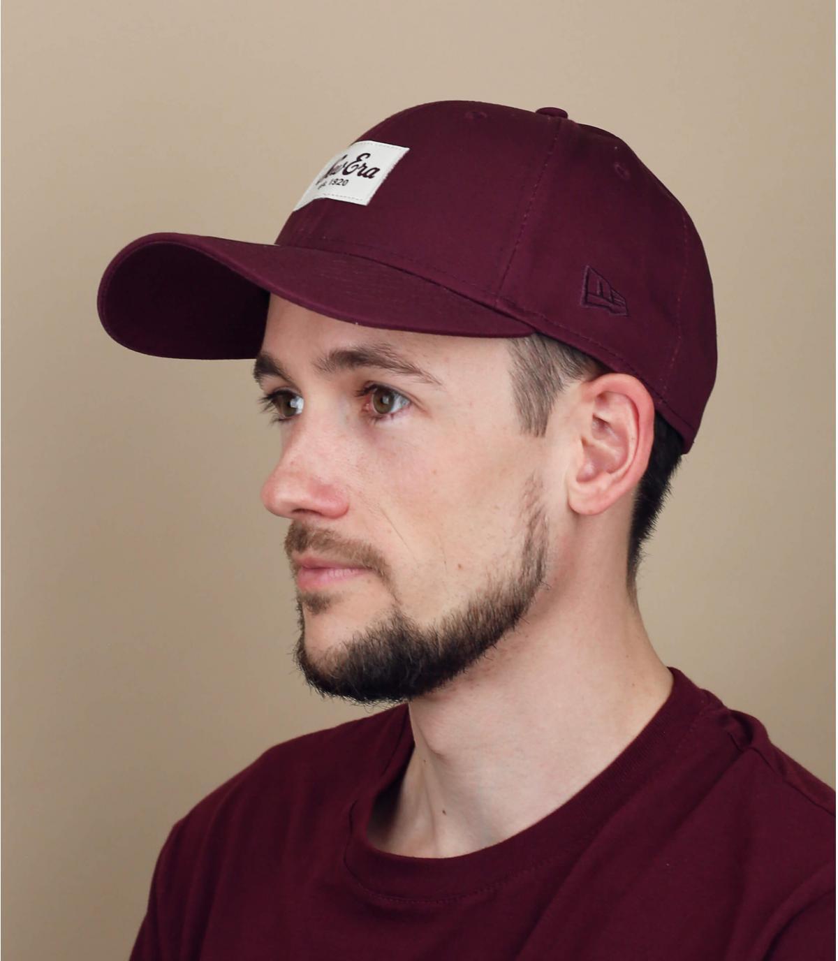 bordeauxrode New Era cap