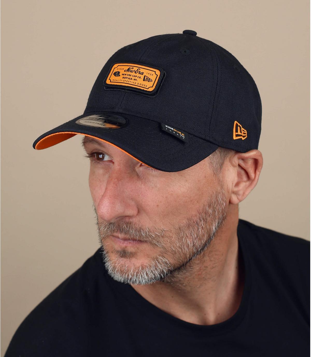 new Era cap zwart oranje