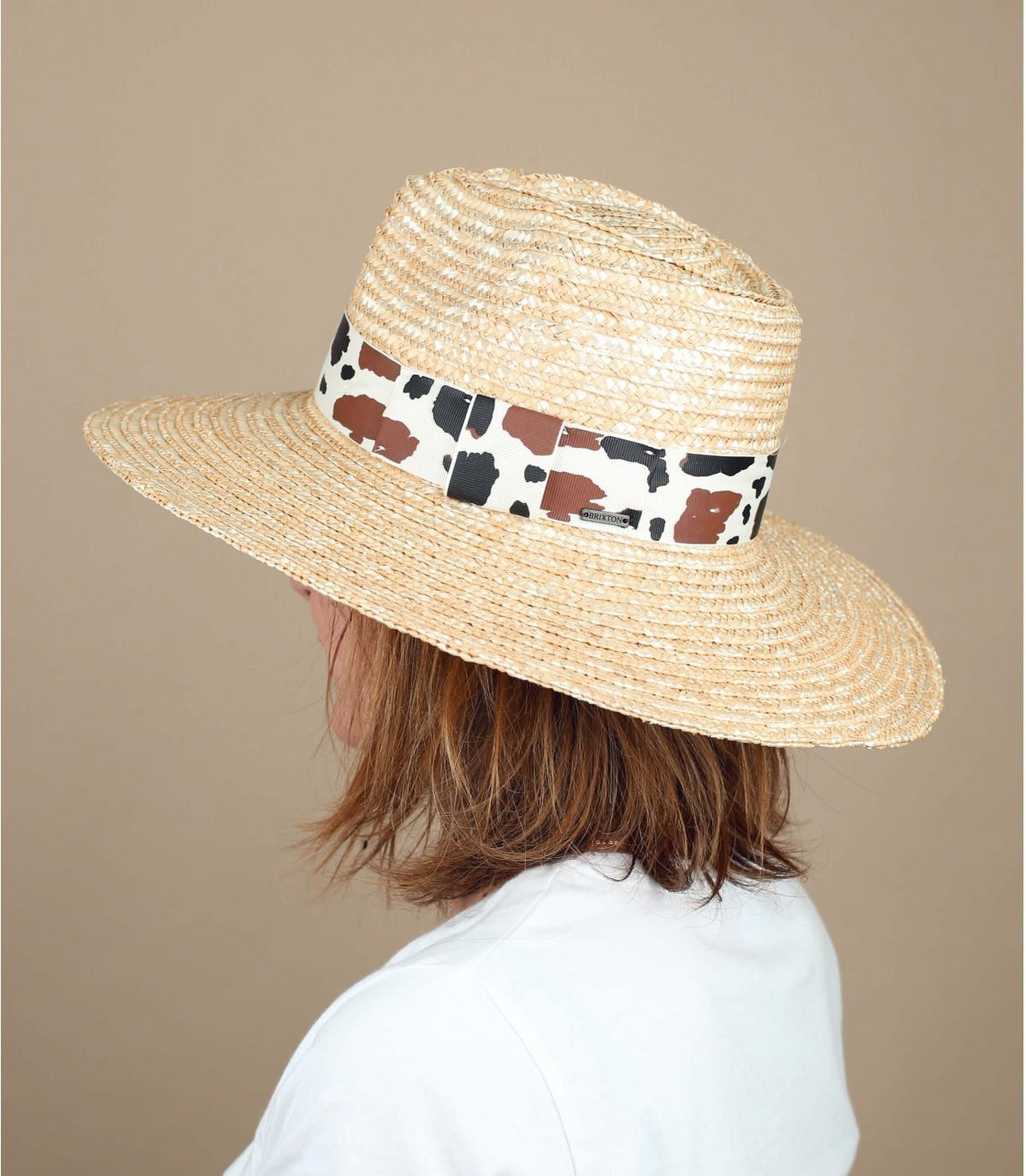 hoed koeien stro