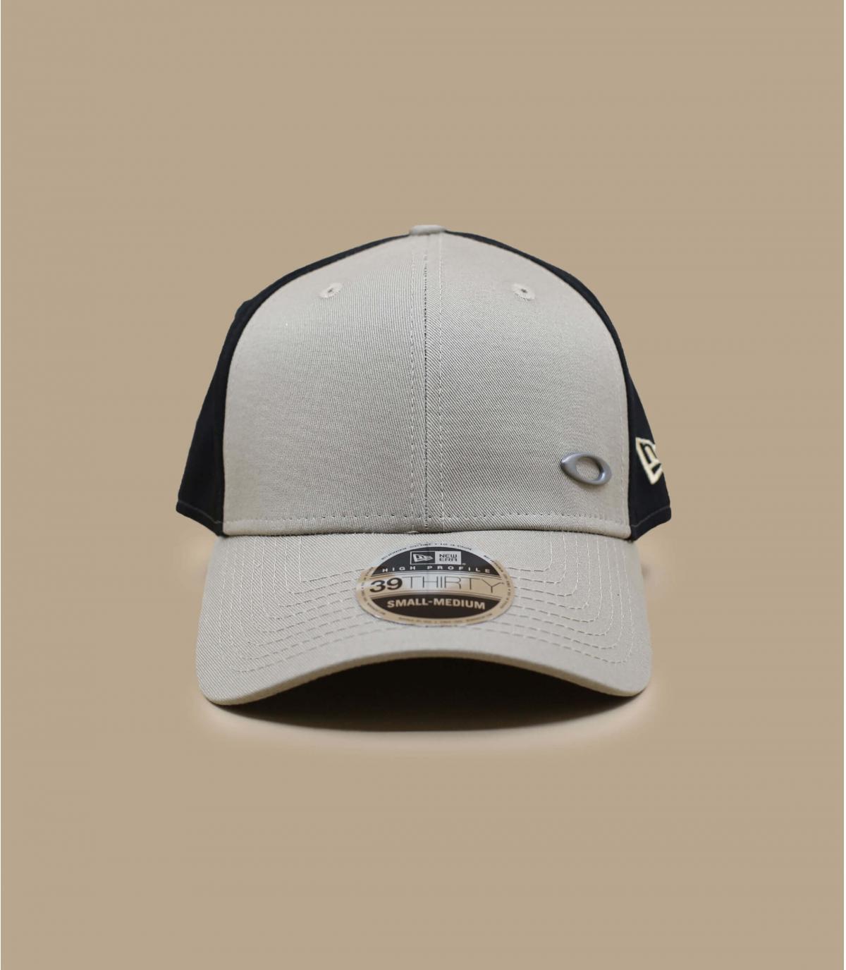 Oakley beige curve cap