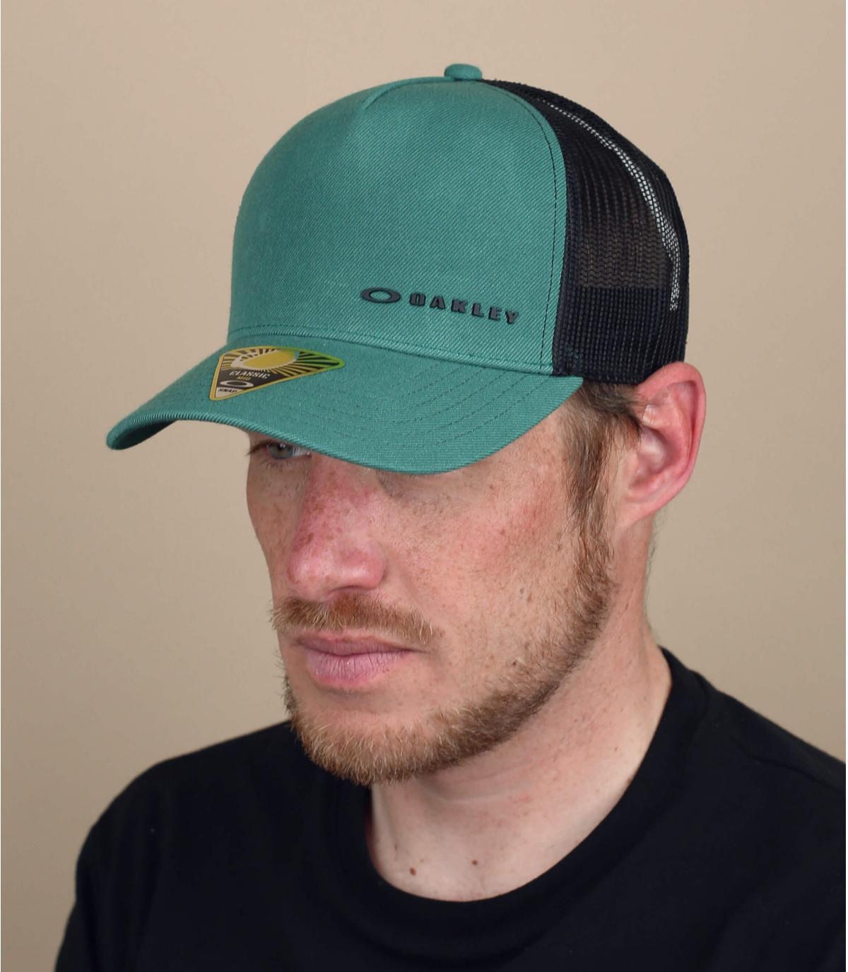 Oakley groene trucker