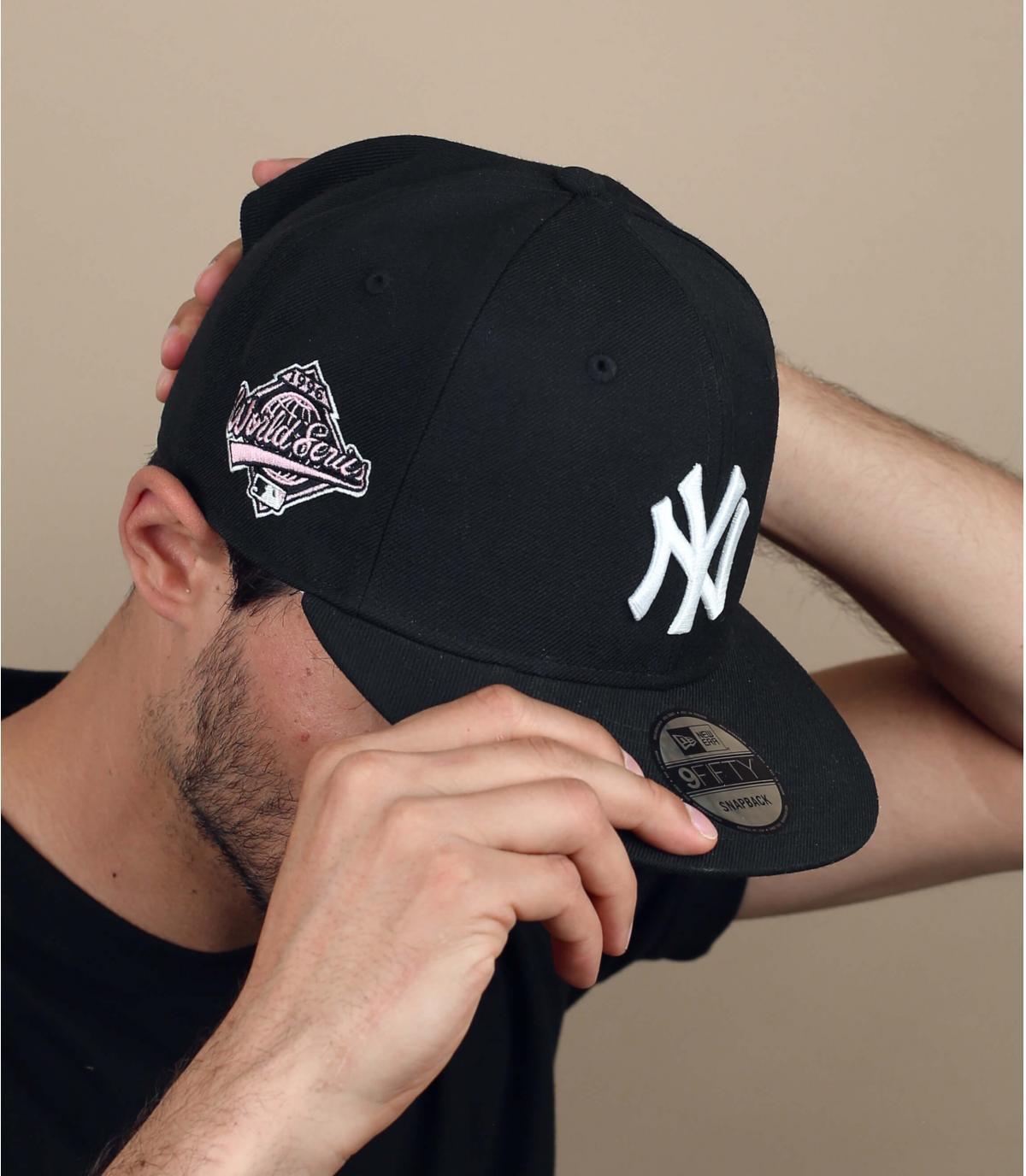 Roze NY bandana cap