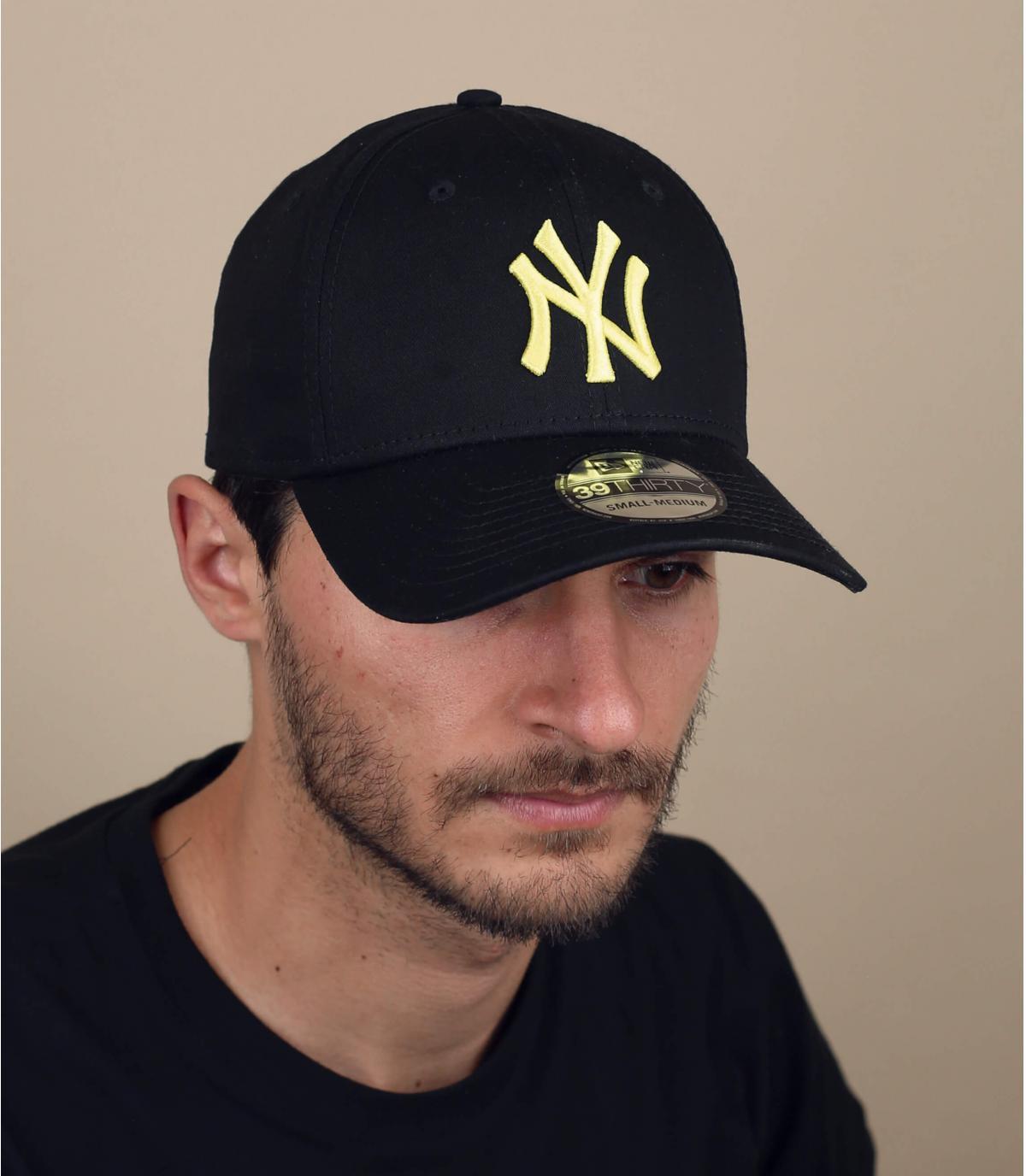 zwart gele stretch NY cap