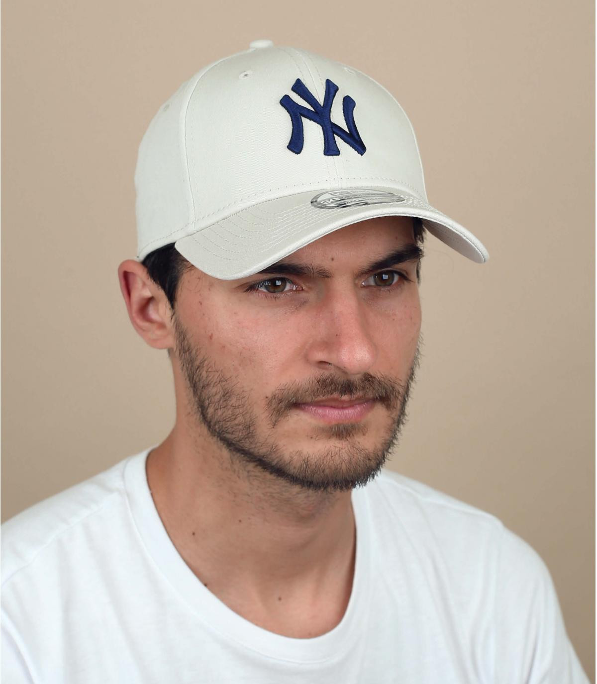 beige stretch NY cap
