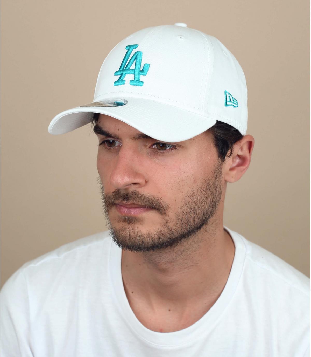 witte LA curve cap