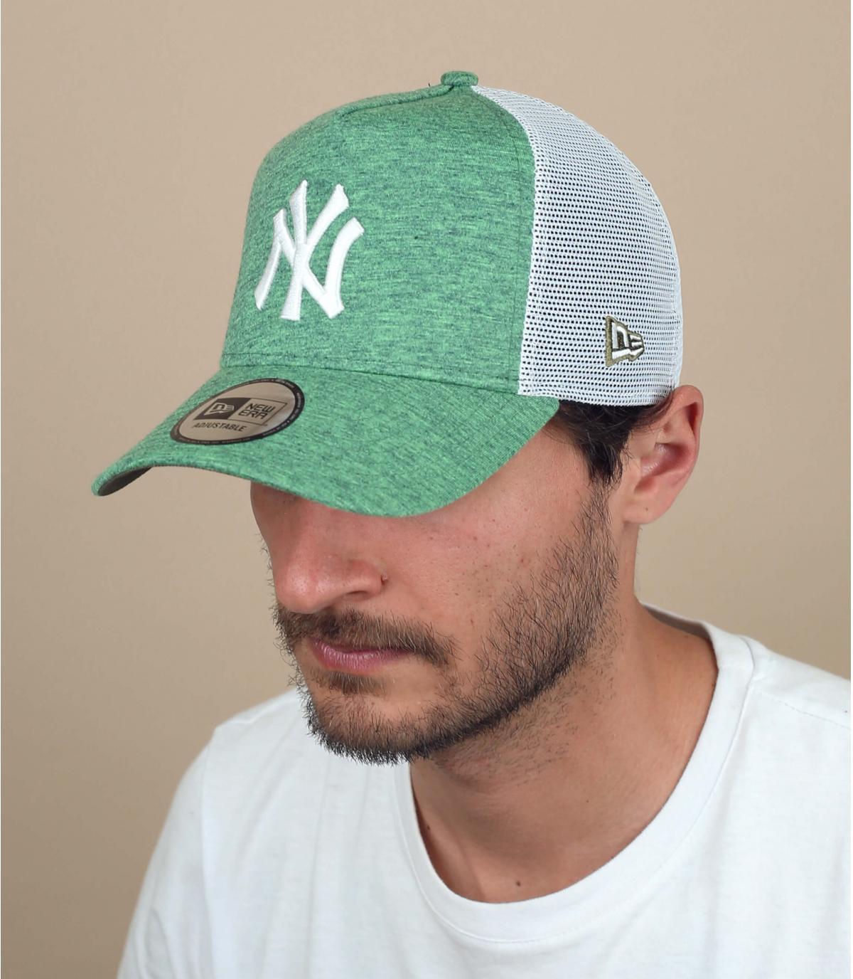 groene NY trucker