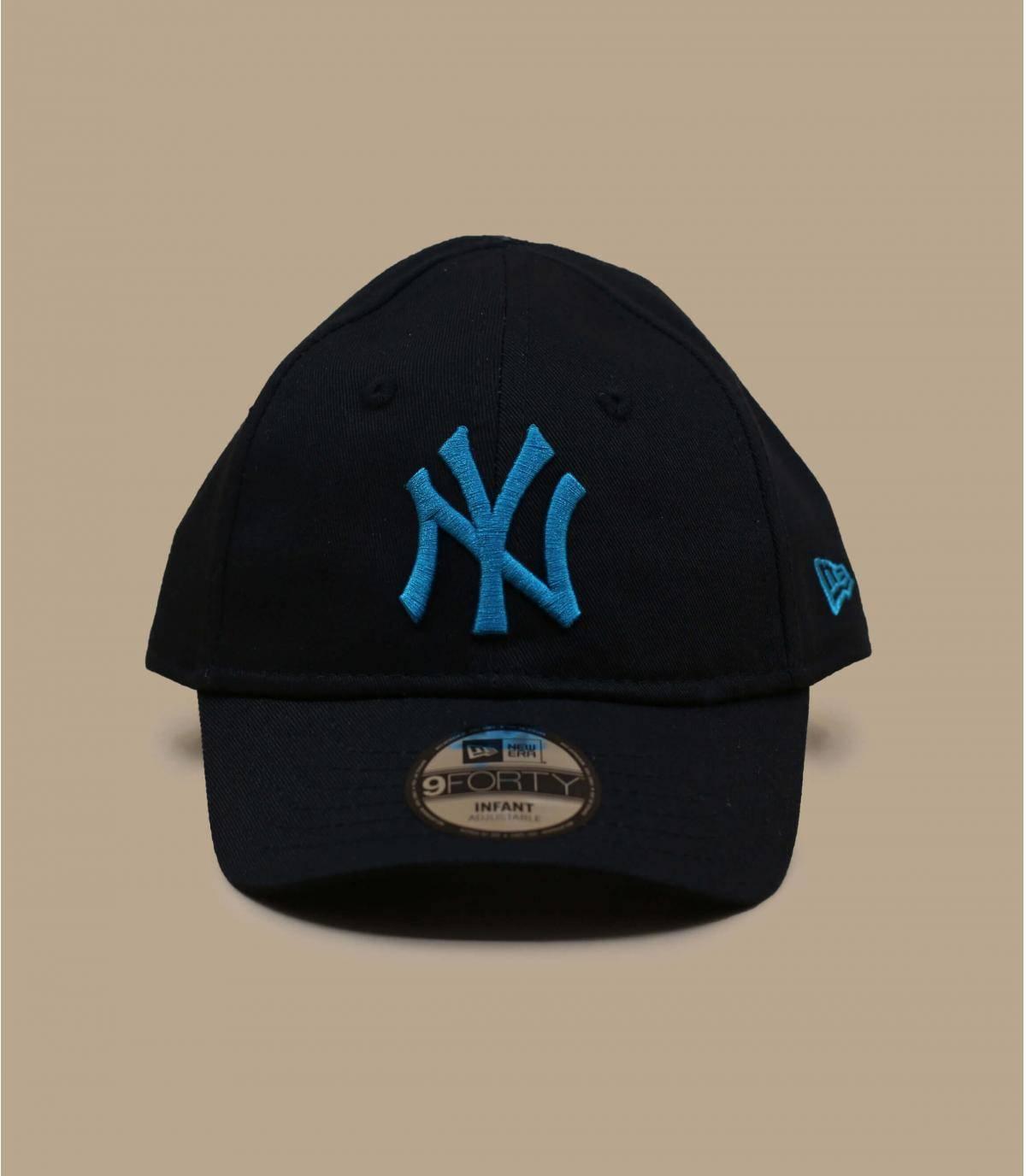 zwarte NY babypet