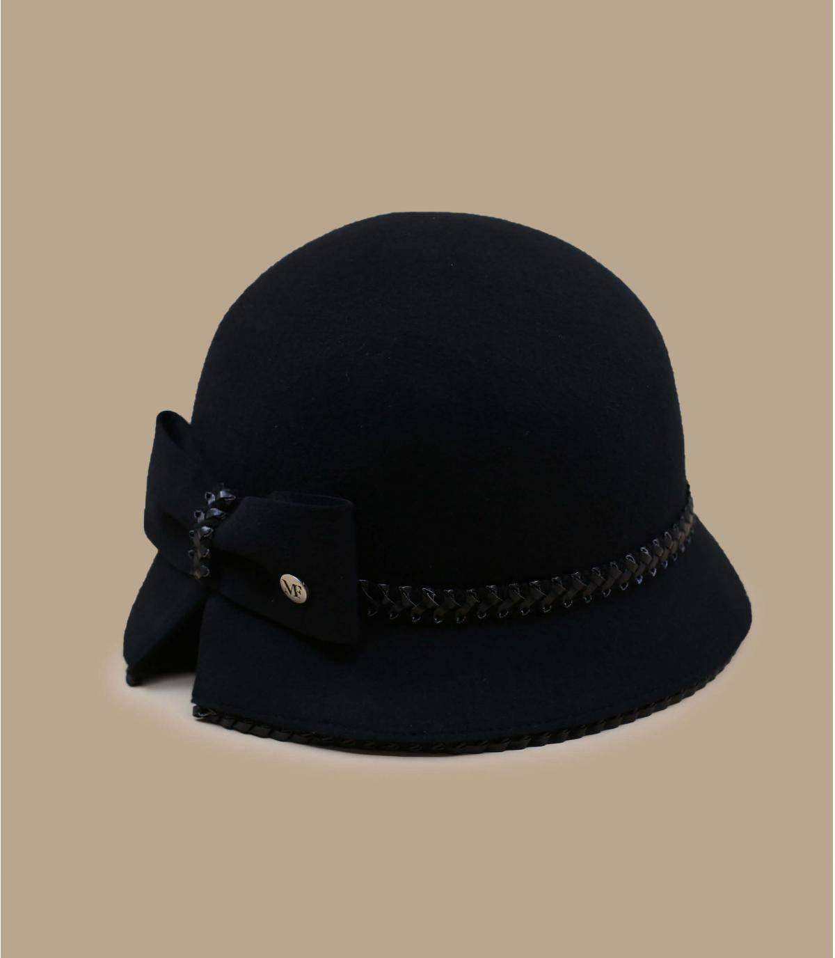zwarte cloche hoed
