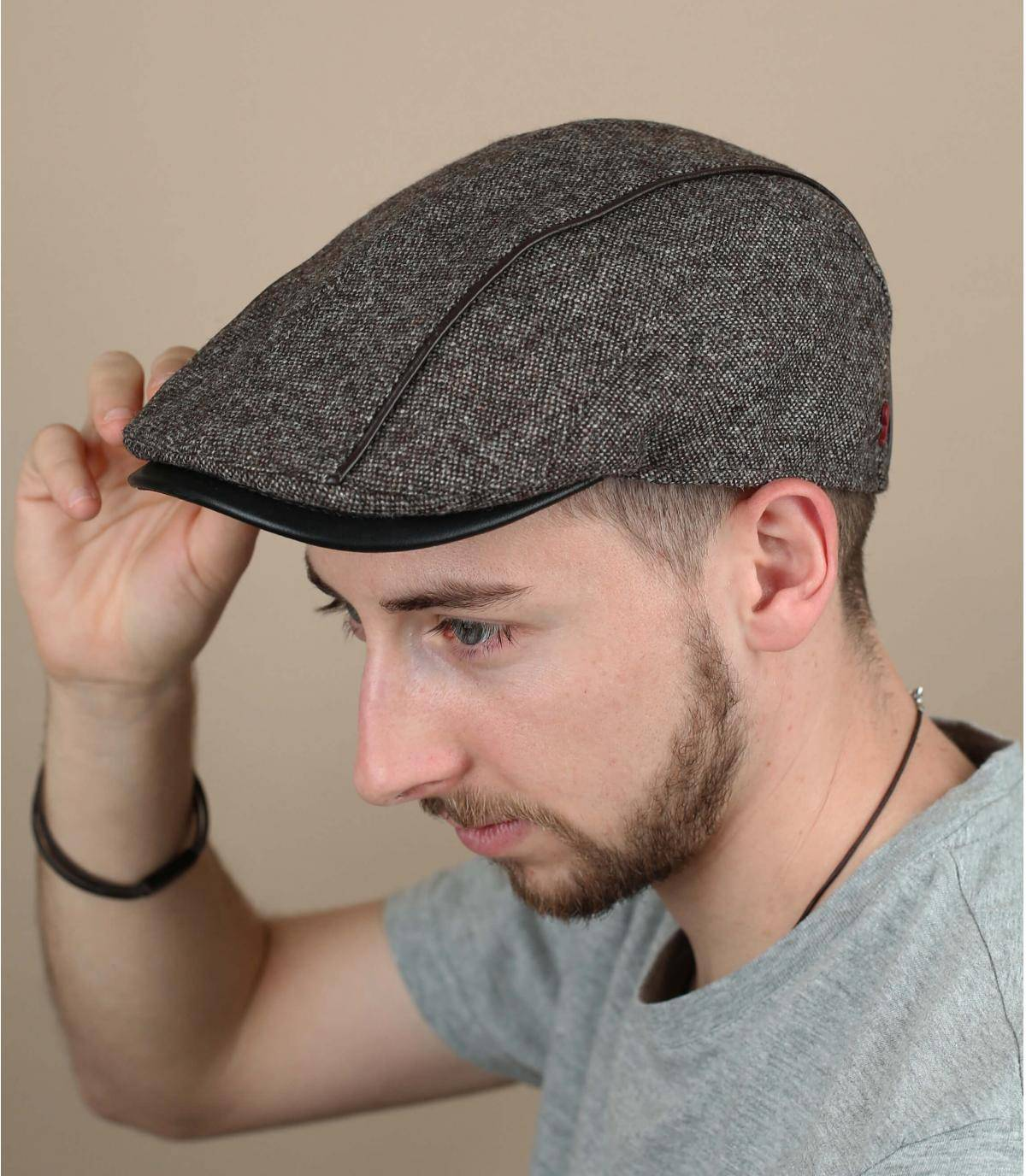 baret van grijze wol