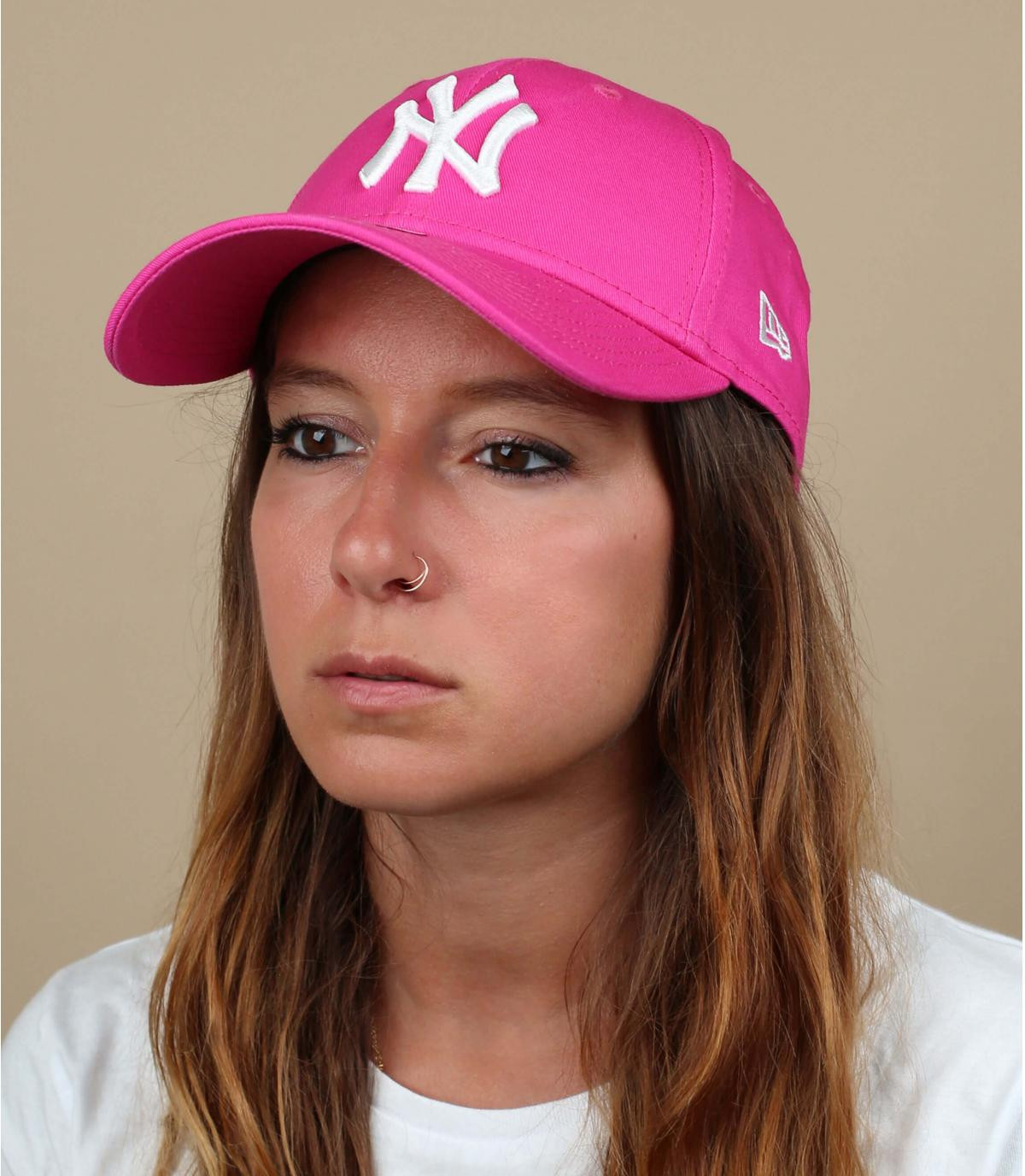 Roze curved visor cap