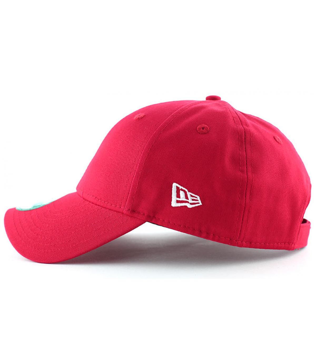 Details NE cap  basic red - afbeeling 3
