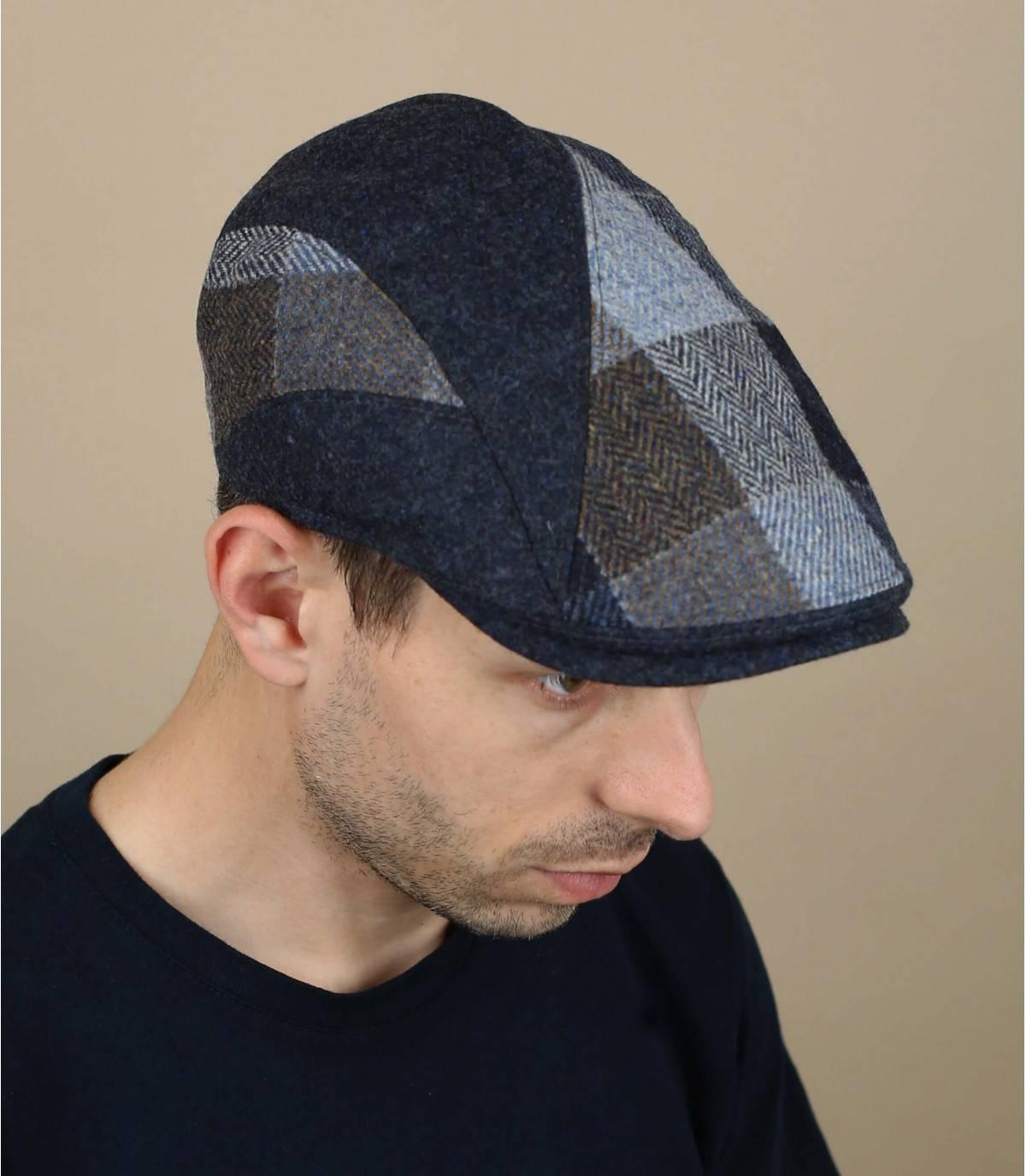 blauw geruite wollen baret