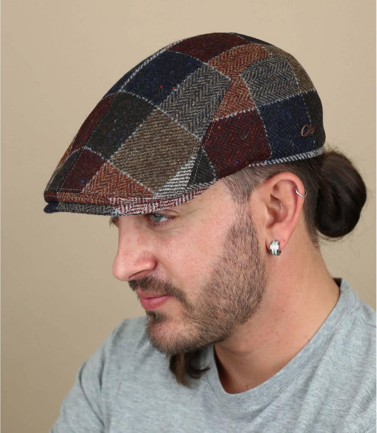 baret van patchwork wol