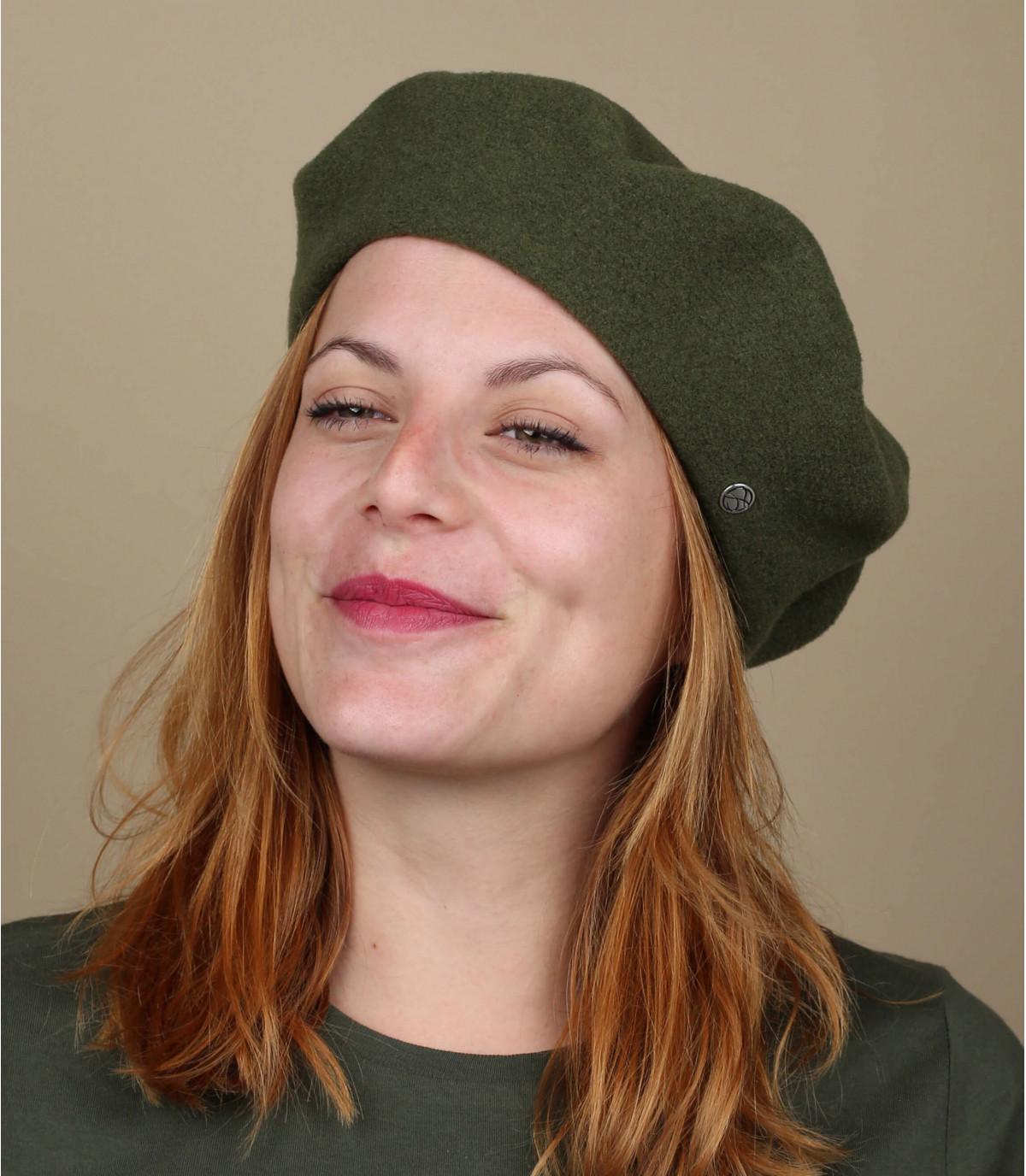 groene wol baret verdubbeld