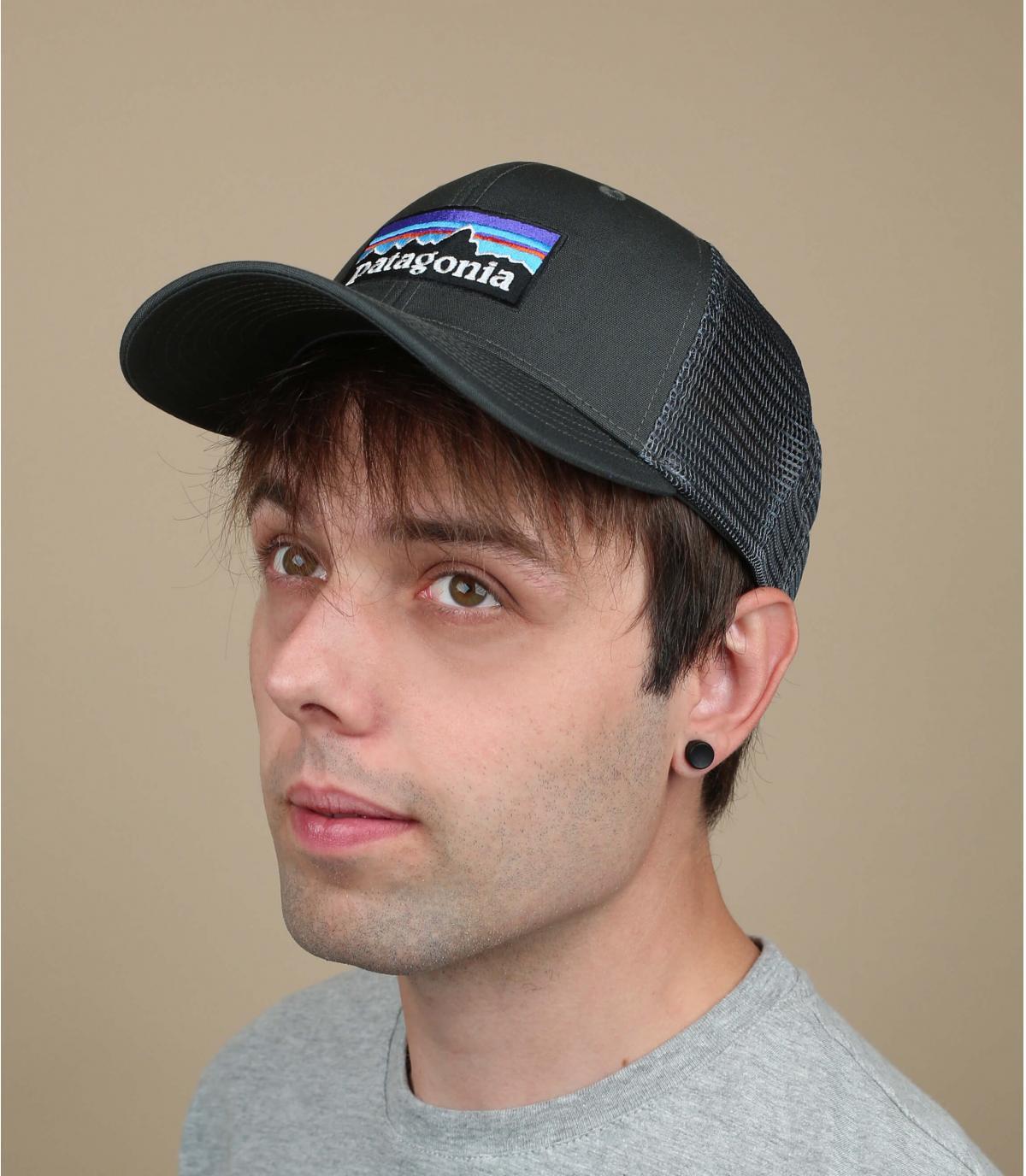 grijze gebogen vizier cap