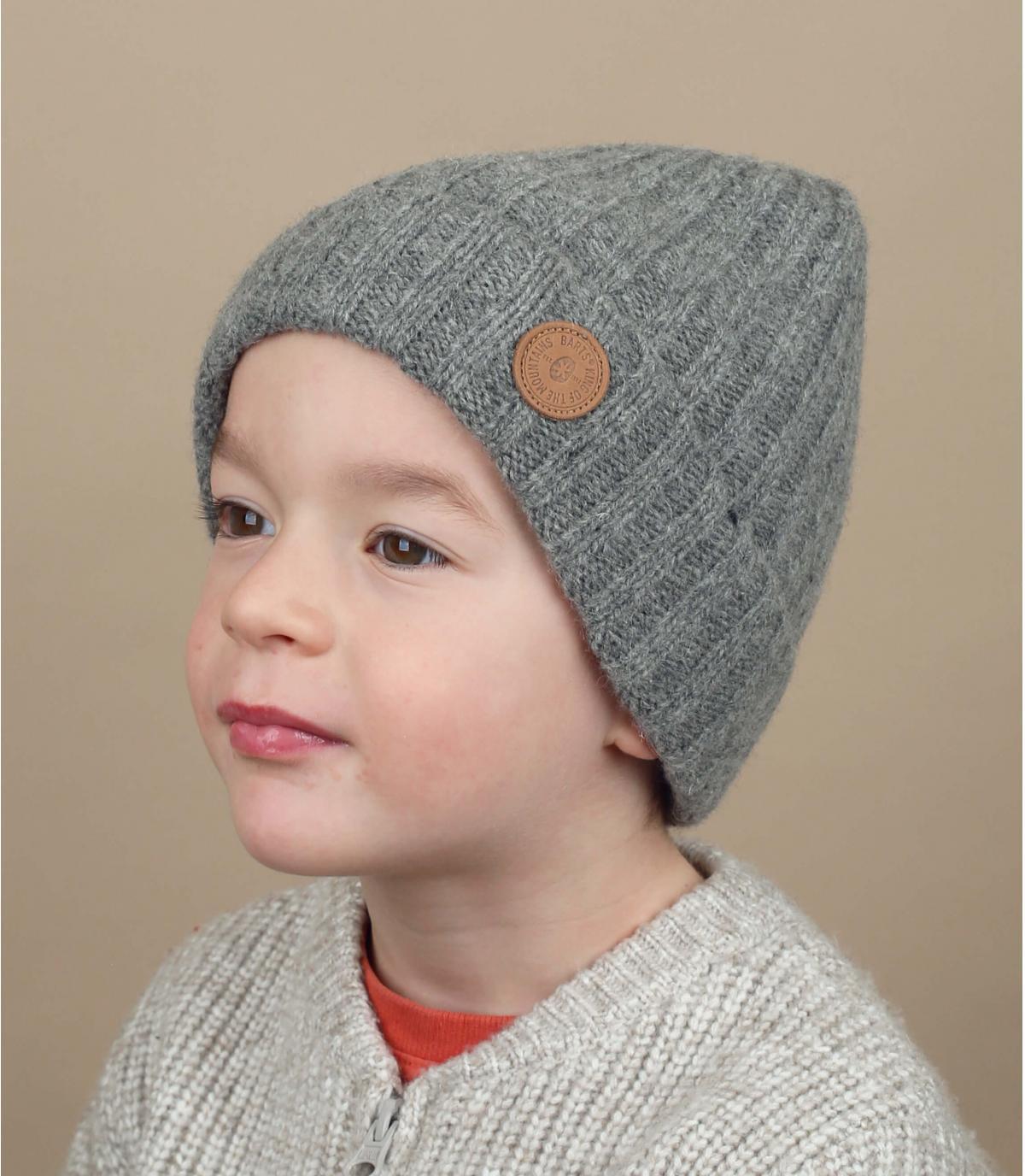 Grey kids manchet beanie