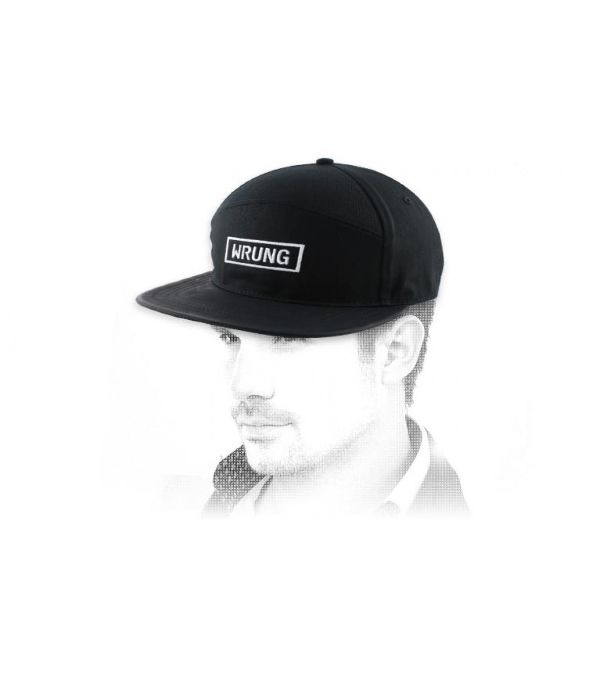 hat rectangulaire uitgewrongen