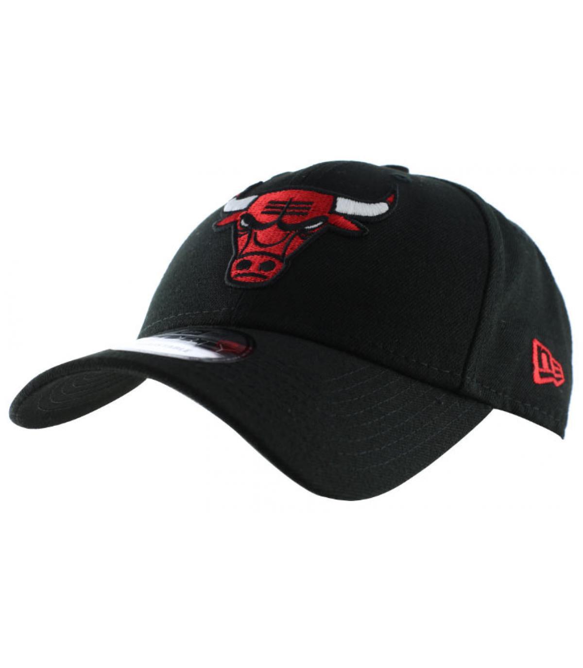 Chicago Bulls cap curve