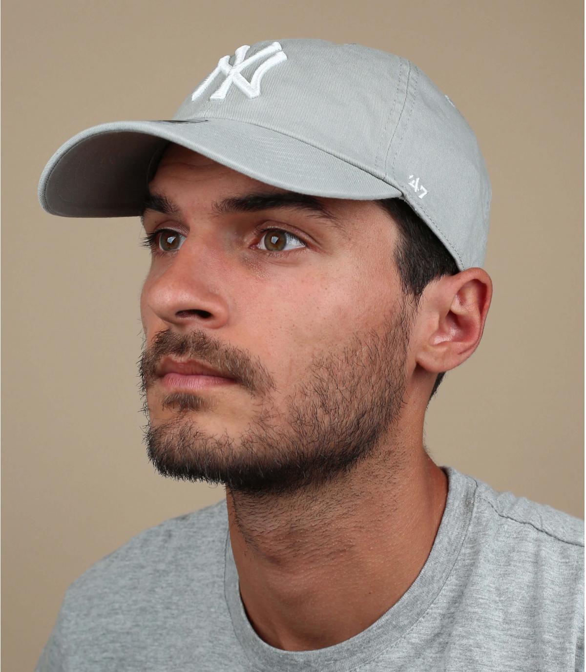 NY cap kromme lichtgrijs