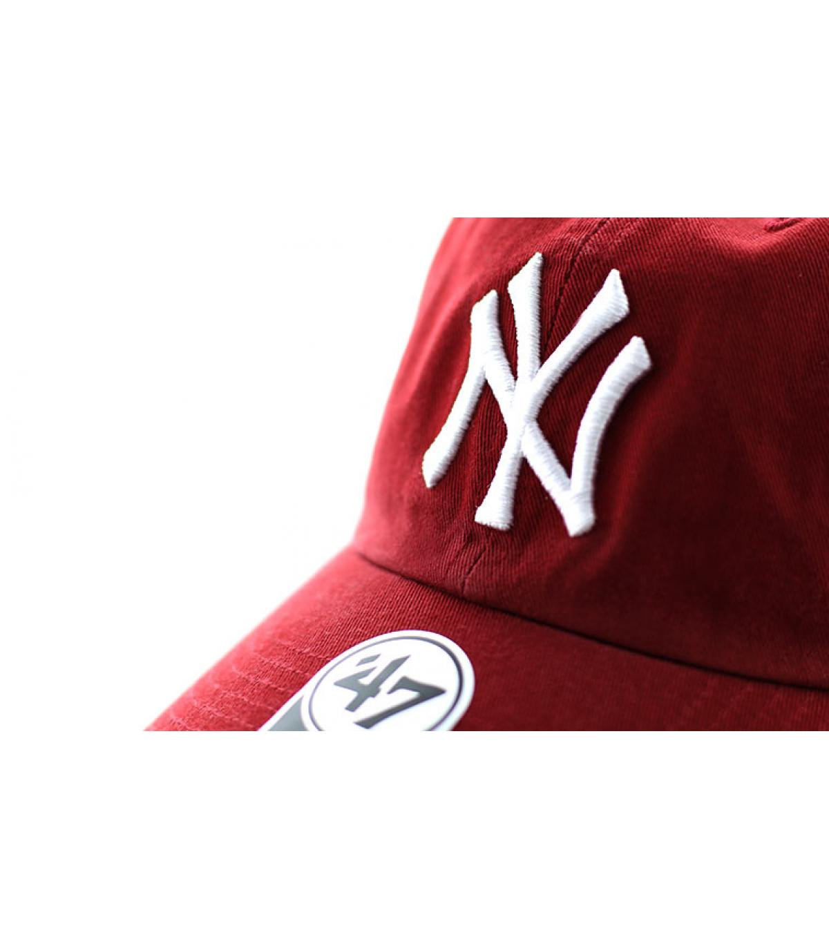 Details Clean Up NY razor red - afbeeling 3