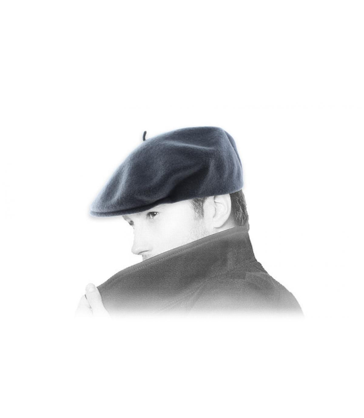 eendenbek grijze baret Laulhère