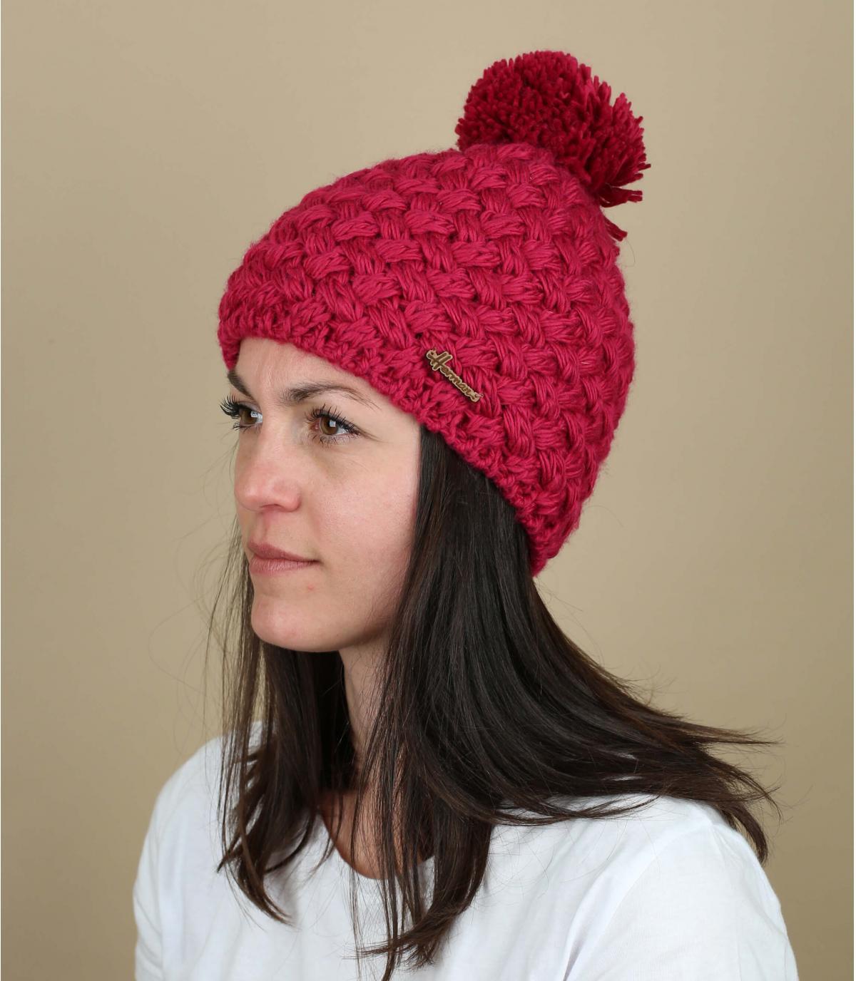 roze wol pompom hat