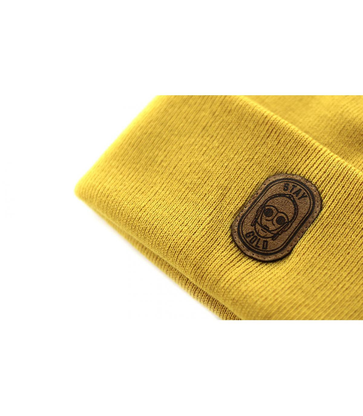 Details Beanie Stay Gold mustard - afbeeling 3