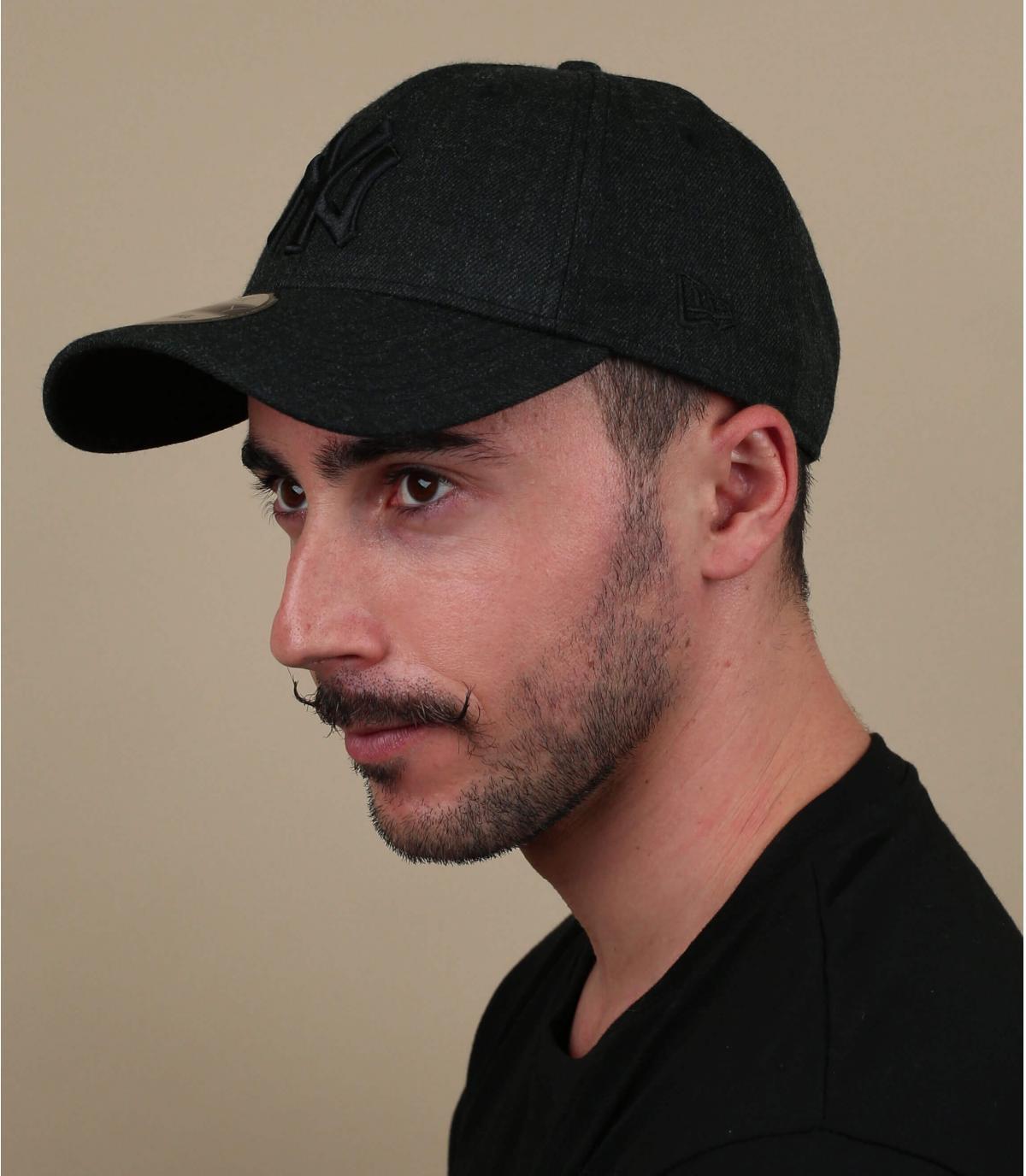zwarte cap zwart