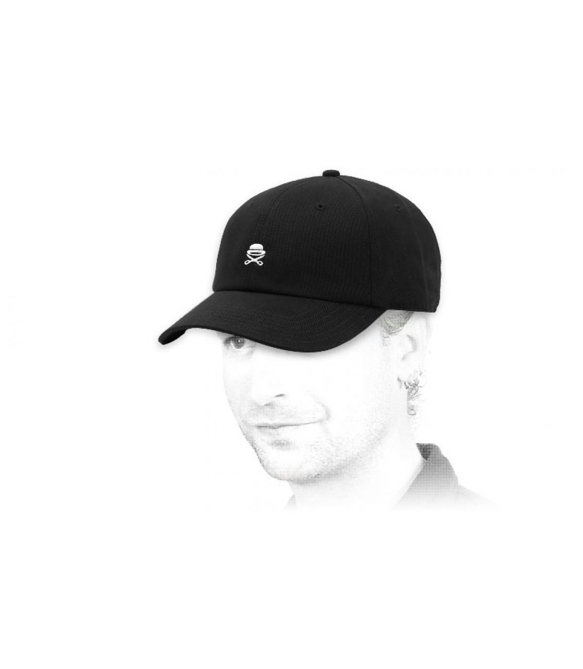 cap Cayler logo zwart